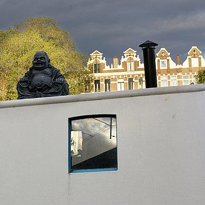 Buddha in Amsterdam - p6060649 von Iris Friedrich
