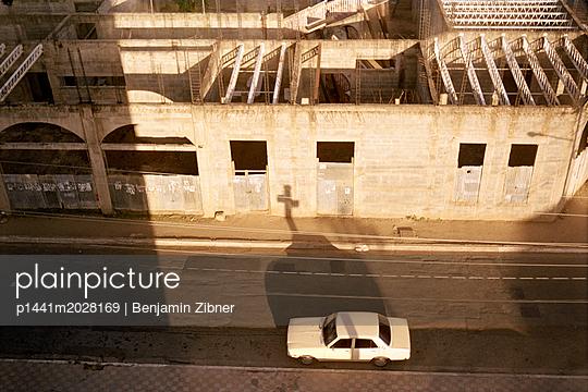 Ruine - p1441m2028169 von Benjamin Zibner
