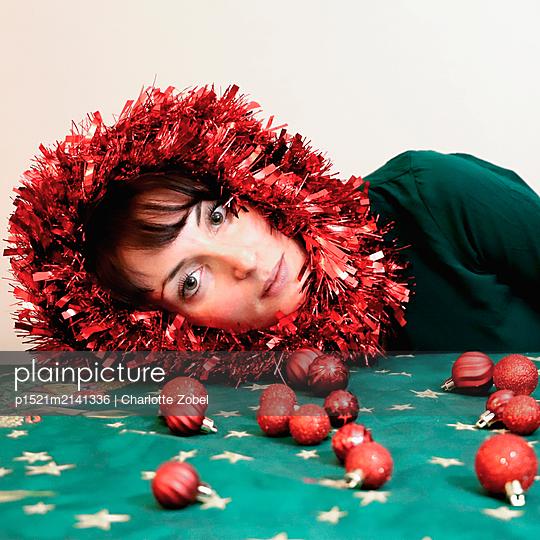 Christmas decoration - p1521m2141336 by Charlotte Zobel