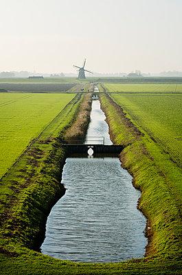 Wind energy Eemshaven - p1132m949267 by Mischa Keijser