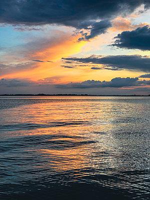 Evening mood at the Baltic Sea - p382m2283952 by Anna Matzen