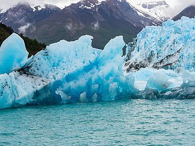 Argentina, El Calafate, Region Patagonia, Glacier Perito Moreno - p300m1562576 by Martin Moxter