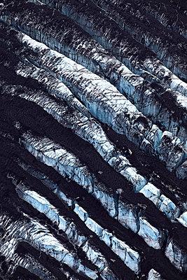 Aerial view of Vatnajökull, rock formation, Landmannalaugar,  Iceland - p1026m992033f by Romulic-Stojcic