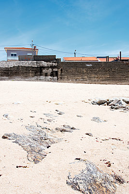 Sandstrand am Atlantik - p171m1159000 von Rolau