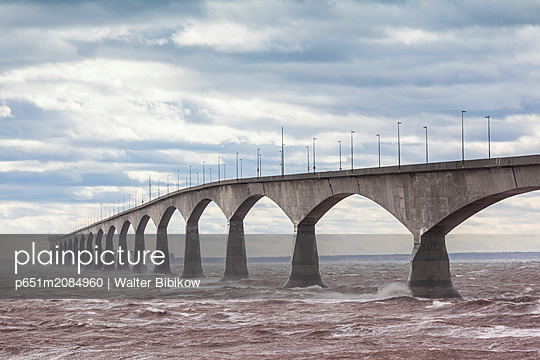 Canada, Prince Edward Island, Borden, Confederation Bridge, stormy waters of the Northumberland Straight - p651m2084960 by Walter Bibikow