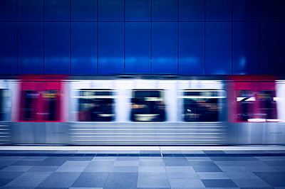 Subway in Hamburg - p851m2077226 by Lohfink