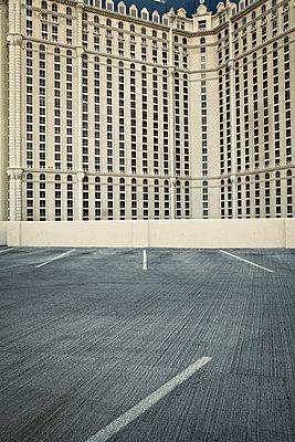 Rückseite des Paris Las Vegas Hotel - p1525m2065793 von Hergen Schimpf