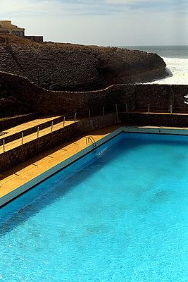 Schwimmbad - p1063m1492499 von Ekaterina Vasilyeva