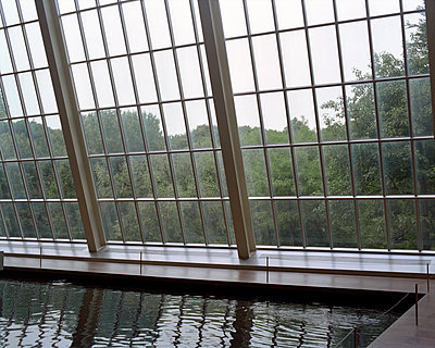 Dachgeschoss mit Glaskonstruktion - p1409m1466422 von margaret dearing