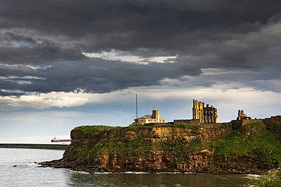 Tynemouth Priory; Tynemouth Northumberland England - p442m784249 by John Short