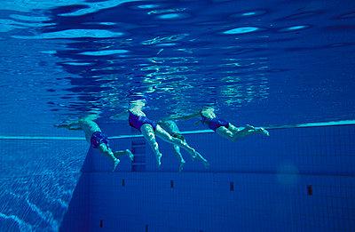 Unter der Wasseroberfläche - p2200071 von Kai Jabs