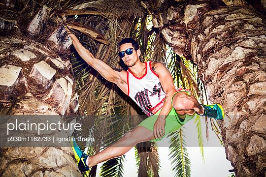 Stuntmen - p930m1162733 von Phillip Gätz