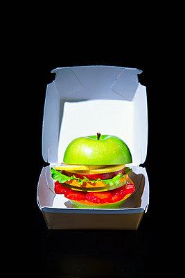 Veggie Burger - p1149m2089347 by Yvonne Röder