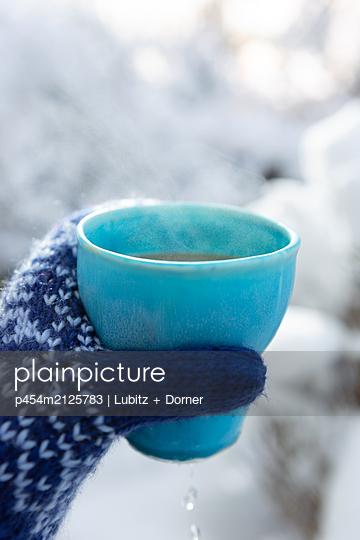 Outdoor tea - p454m2125783 by Lubitz + Dorner