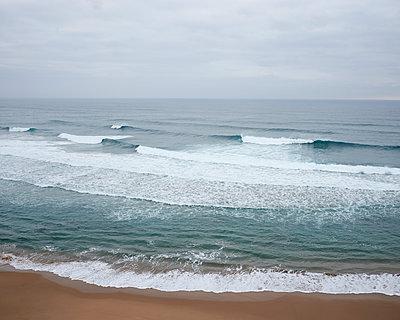 Wellen am Atlantik - p1124m1112562 von Willing-Holtz