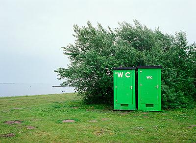 WC WC - p1132m925542 by Mischa Keijser