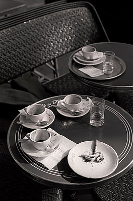 Coffee and cigarettes - p983m893575 by Richard Dunkley