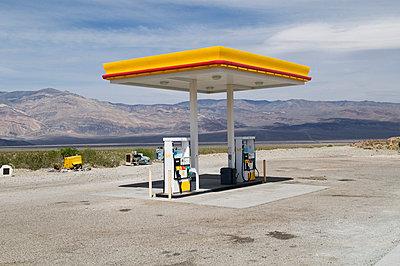 Tankstelle - p3450284 von Rainer Gollmer