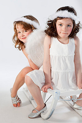 Little girls like angels - p7870106 by Forster-Martin