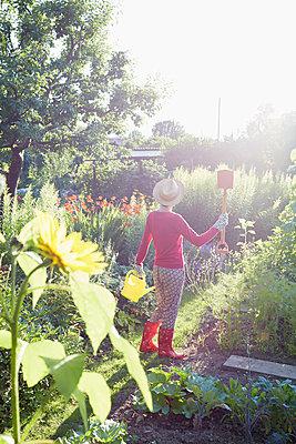 Der eigene Garten - p464m1172233 von Elektrons 08