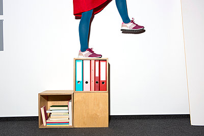 Watch the step! - p454m1332615 by Lubitz + Dorner