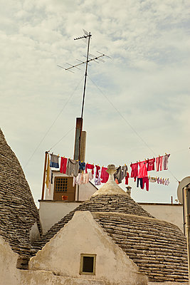Washing line on rooftop in Alberobello - p1010m2277840 by timokerber