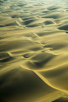 Sand dunes in the Namib Desert, Namibia, Africa - p871m1082250 by Neil Emmerson