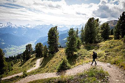Wanderer im Zillertal - p1222m2126498 von Jérome Gerull
