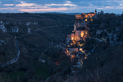 High angle view of buildings on mountains at dusk - p301m1148411 by Brian Caissie