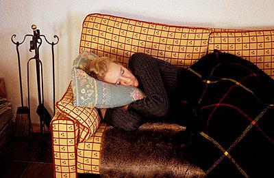 Auf dem Sofa schlafen - p2190108 von Carsten Büll