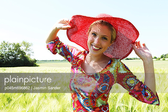 Fröhlich - p045m696862 von Jasmin Sander