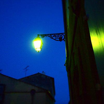 Night in Arles - p9270007 by Florence Delahaye