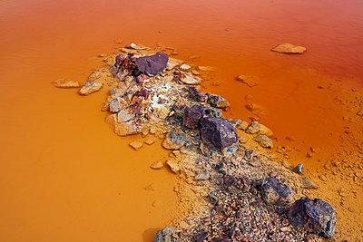 Rio Tinto oxydation - p719m1222346 by Rudi Sebastian