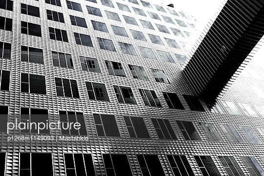 Bürofassade - p1268m1149093 von Mastahkid