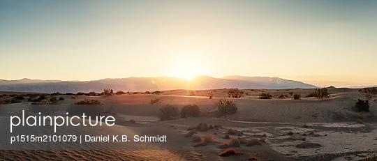 Death Valley sunset - p1515m2101079 by Daniel K.B. Schmidt
