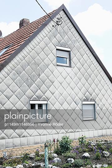 Hausfassade - p1149m1146956 von Yvonne Röder
