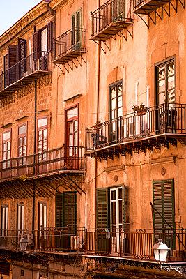 Old town in Palermo - p382m2164344 by Anna Matzen