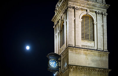 St Mary le Bow church tower, London, England, UK - p429m976562 by Mischa Keijser