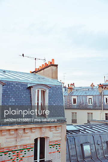 Über den Dächern von Paris - p432m1216881 von mia takahara