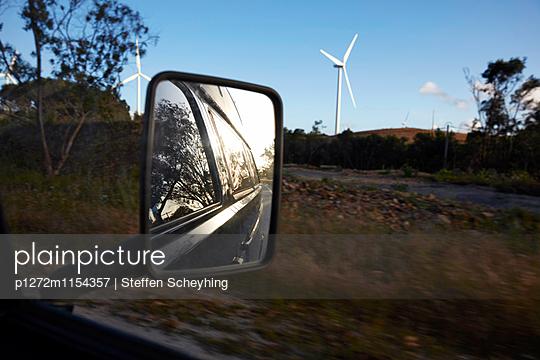 Roadtrip - p1272m1154357 von Steffen Scheyhing
