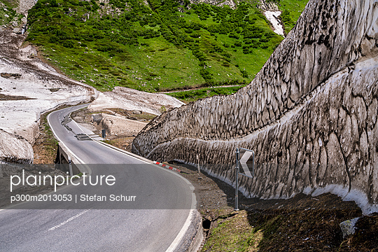 Switzerland, Valais, Nufenen Pass - p300m2013053 von Stefan Schurr
