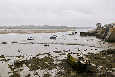 Boats on the beach - p1090m2093405 by Gavin Withey