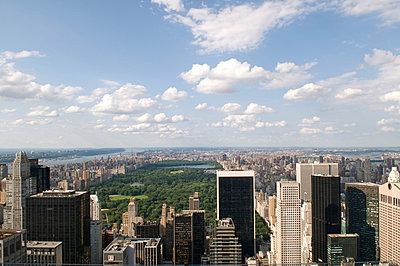 Manhattan - p4700066 by Ingrid Michel