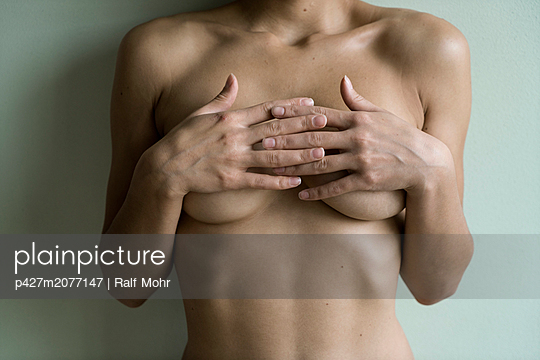 Naked woman - p427m2077147 by Ralf Mohr