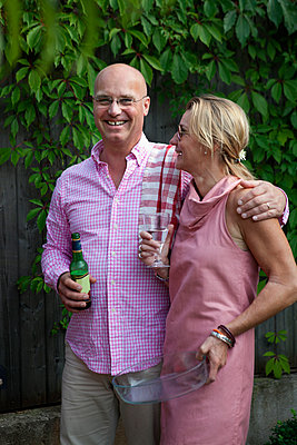 Smiling mid adult couple, Sweden - p312m928553 by Lena Koller