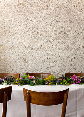 Table decorated with flowers - p388m701634 by Ulrike Leyens