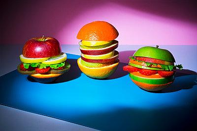 Veggie burger - p1149m2089346 by Yvonne Röder