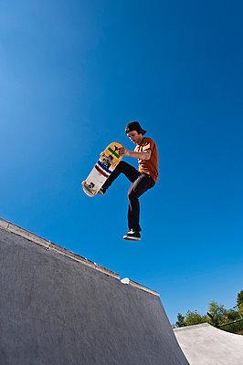 Skateboard fahren - p2200803 von Kai Jabs