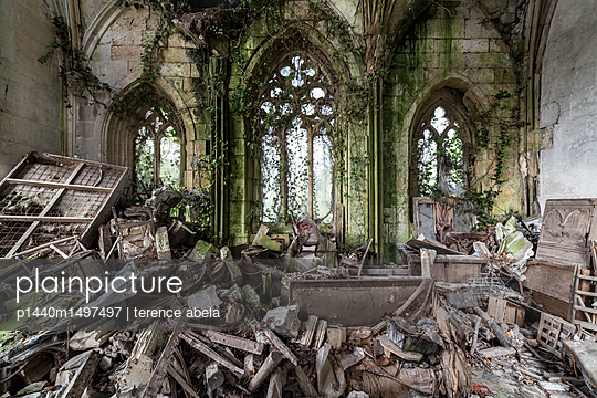 Abandoned chapel - p1440m1497497 by terence abela