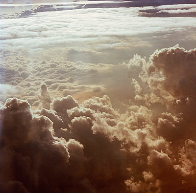 Above the Clouds - p1008m763350 by Valerie Schmidt